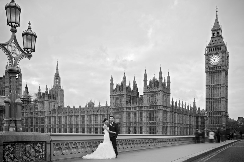 Central London pre wedding shoot at the Houses of Parliament