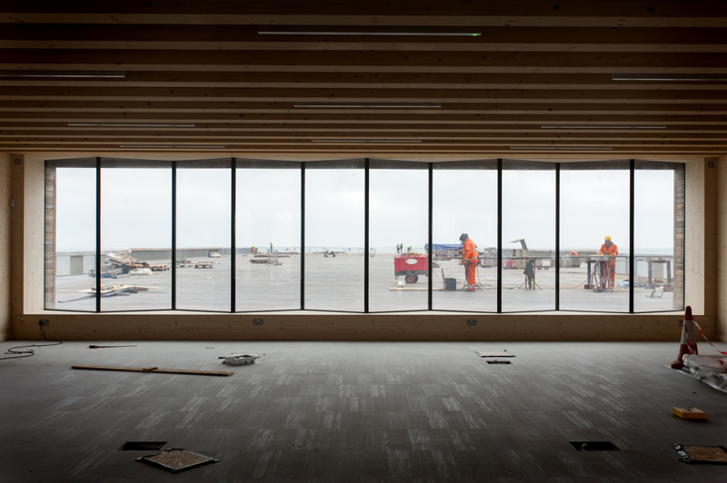 Hastings pier visitors centre construction