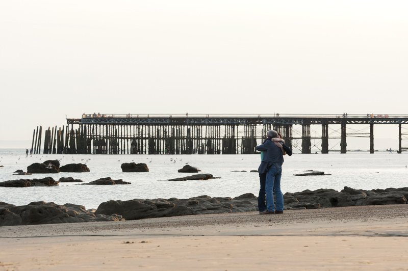 Marriage proposal photos on hastings beach-15