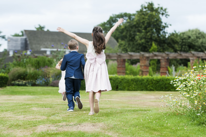 Taplow Court wedding - kids playing in gardens