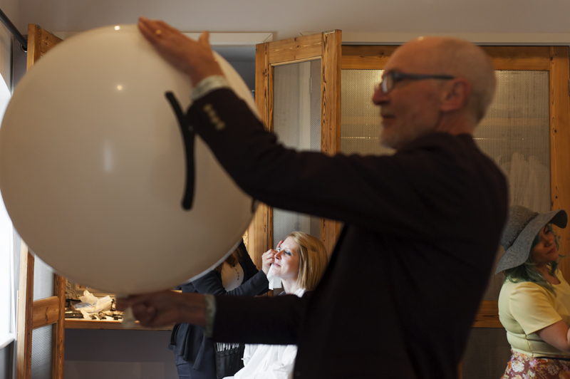 Southend Barns bride make-up and dad with balloon