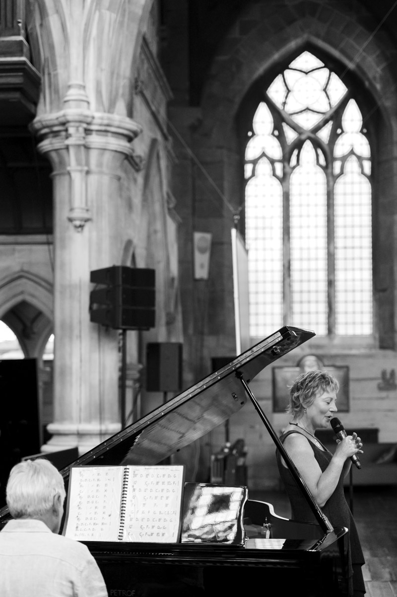 Tazina Frank performing at HTH Church, Hastings events photographer