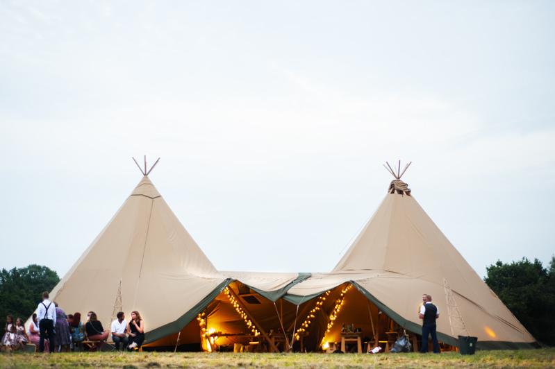 Outdoor wedding by Sussex wedding photographer James Robertshaw